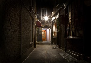 Victorian London - Jack the Ripper moves in these streets also ... and the novel A Secret Step lives here too ...